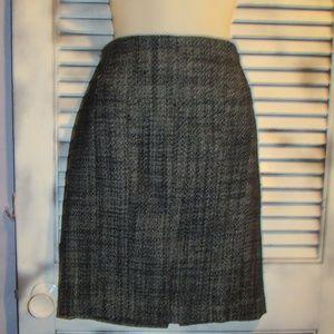 Ann Taylor size 4 wool blend career pencil skirt